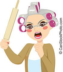 mujer mayor, rollo, alfiler, tenencia