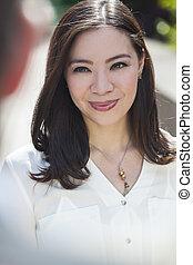 mujer, mujer de negocios, joven, asiático, sonriente, o