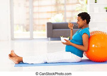 mujer, norteamericano, comida, africano, embarazada