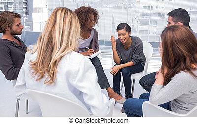 mujer, obteniendo, deprimido, en, grupo, terapia