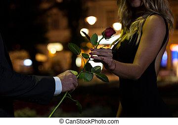mujer, obteniendo, rosa, en, primera fecha