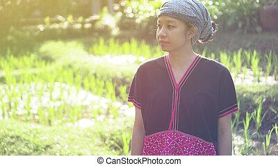mujer, orgánico, ella, campo, asiático, étnico, sonrisa, ...