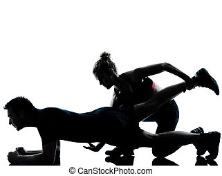 mujer, pareja, ejercitar, uno, condición física, entrenamiento, hombre
