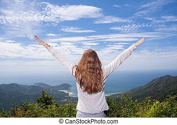 mujer, playa, brazos, mirar, estante, roca, abierto, vista