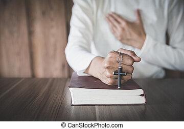 mujer rezar, dios, religión, religioso, joven, spirtuality,...