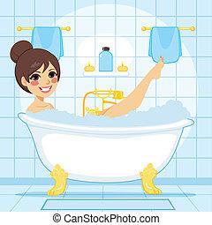 mujer se relajar, baño
