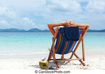 mujer se sentar, playa, joven, tropical, sombrero