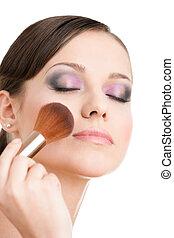 mujer, ser aplicable, cosméticos, a, ella, cara, con, ojos cerrados