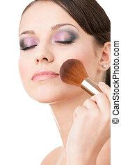 mujer, ser aplicable, cosméticos, a, ella, cara, con, ojos cierran
