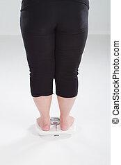 mujer, sobrepeso, escala