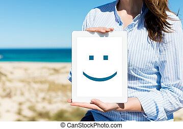 mujer, tableta, playa, cara sonriente, digital, el exhibir