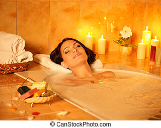 mujer, toma, bath., burbuja