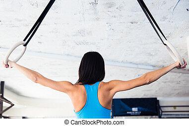 mujer, trabajando, anillos, espalda, gimnastic, retrato, ...
