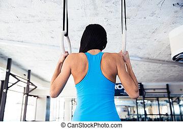 mujer, trabajando, anillos, gimnastic, retrato, vista, ...