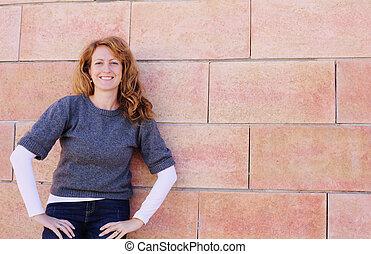 mujer, viejo, 40, años, aire libre, retrato, sonriente