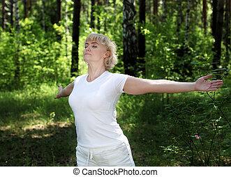 mujer, yoga, anciano, prácticas