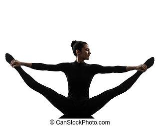 mujer, yoga, gimnástico, extensión, ejercitar, dividir, silueta