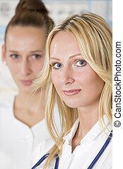 mujeres, dos, medicos