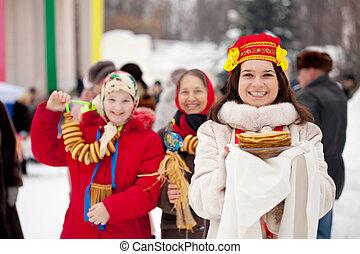 mujeres felices, celebrar, shrovetide