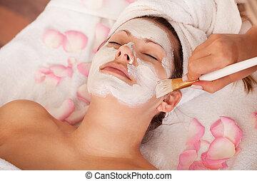 mujeres, máscara, joven, facial, obteniendo