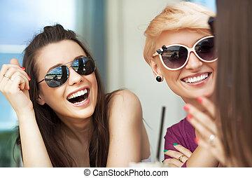 mujeres, sonriente