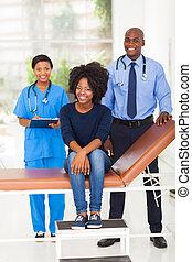 mulher africana, escritório, doutor