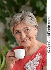 mulher, aposentado, feliz