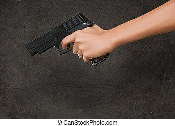 mulher, arma, mão