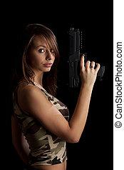 mulher, arma, segurando