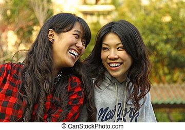 mulher asian, mostrando, seu, amizade, para sempre, conceito
