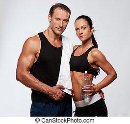 mulher, atlético, após, exercício aptidão, homem