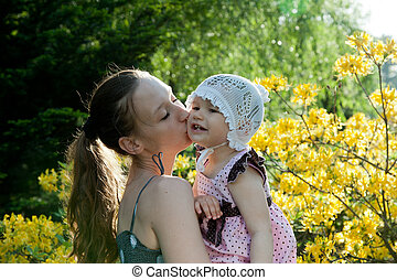 mulher, beijo, criança