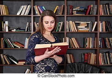 mulher, biblioteca