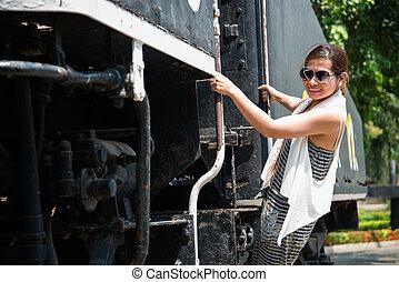 mulher bonita, antigas, trem, asiático, retrato