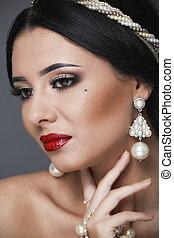 mulher bonita, arte, jóia, cacheados, beauty., cabelo, noite, make-up., foto, moda
