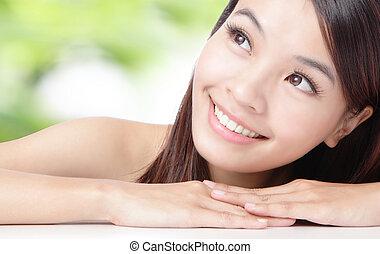 mulher bonita, cima, rosto, verde, asiático, fundo, fim