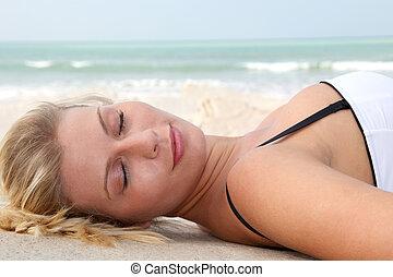 mulher bonita, closeup, loura, swimsuit