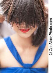 mulher bonita, com, cabelo curto