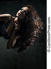 mulher bonita, com, extra, cabelo longo