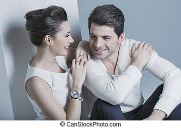 mulher bonita, dela, olhando jovem, homem