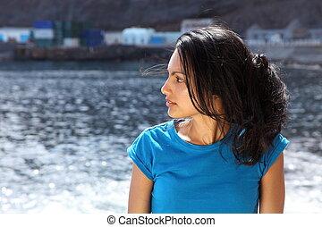 mulher bonita, em, a, litoral