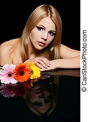 mulher bonita, flor, experiência preta, gerbera