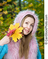 mulher bonita, folhas, parque, outono, maple
