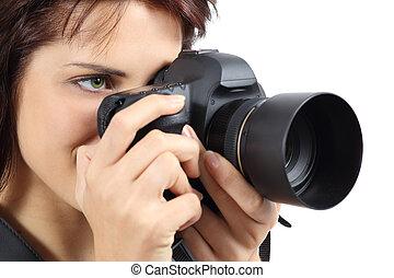 mulher bonita, fotógrafo, câmera, segurando, digital