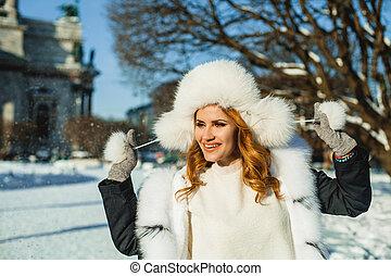 mulher bonita, inverno, menina, portrait., ao ar livre, chapéu branco, modelo