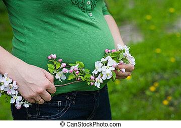 mulher bonita, jardim, florescer, grávida