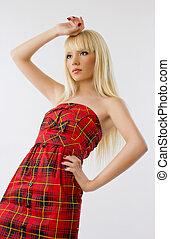 mulher bonita, jovem, cabelo longo, loiro, vestido, vermelho