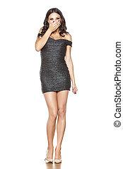 mulher bonita, jovem, elegante, shortinho, vestido