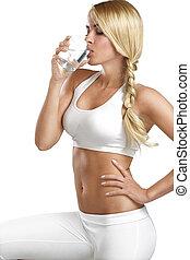 mulher bonita, jovem, vidro água, bebendo