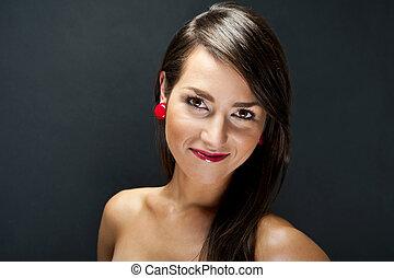 mulher bonita, ligado, experiência preta, com, cabelo longo